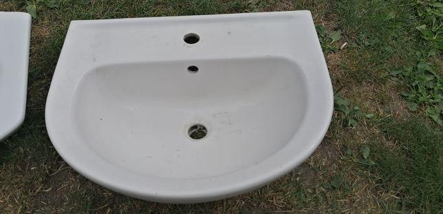 Umywalka umywalki plus bateria łazienkowe