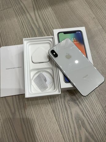 IPhone X на 64gb