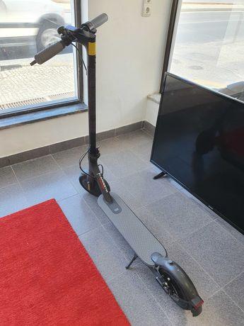 Trotinete Eléctrica Xiaomi Mi Electric Scooter 1S Preta
