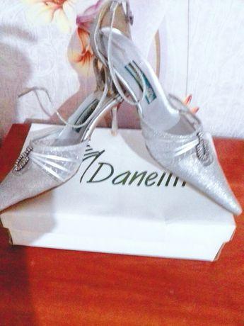 Туфли,басаножки, нарядные, красивые,обувь.