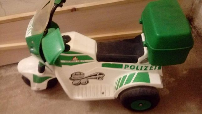 Motor na akumulator policja/polizei