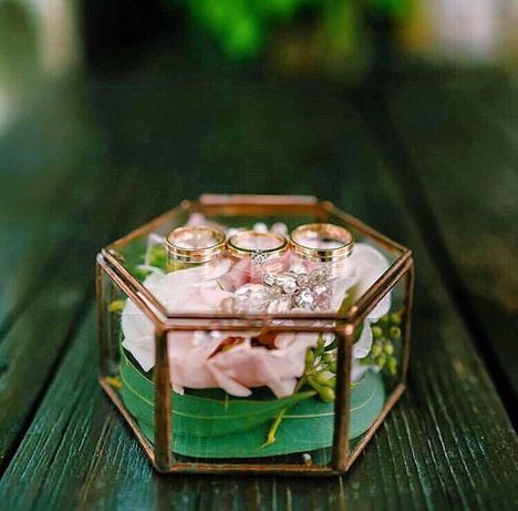 Шкатулка скринька коробочка для кольцо обручальное свадебный декор