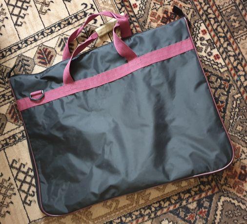 Podróżna torba na garnitur