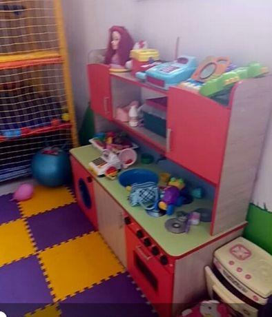 Кухня дитяча.Дитячі меблі.Можна і в садочок і в дім
