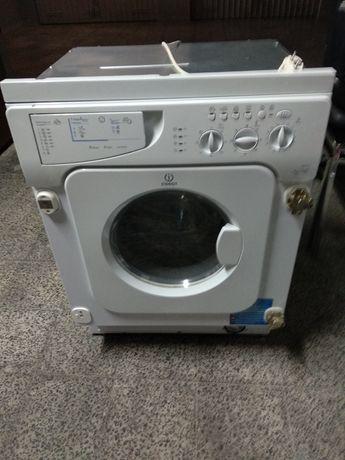 Máquina Lavar e secar roupa encastre