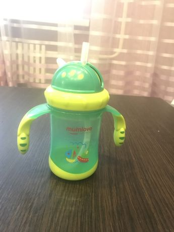 Поильник ( бутылочка, чаша) непроливайка+ трубочка и щеточка