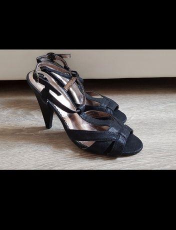Czarne szpilki nowe sandałki na słupku Anne Michelle sylwester święta