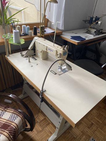 Stebnówka Gemsy/ maszyna do szycia- komplet ze stołem