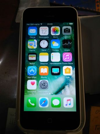 Iphone 5c 32 Gb (+новые наушники и кабель)