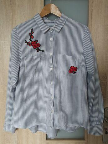 Błękitna koszula w pasy z naszywkami w róże rozmiar s