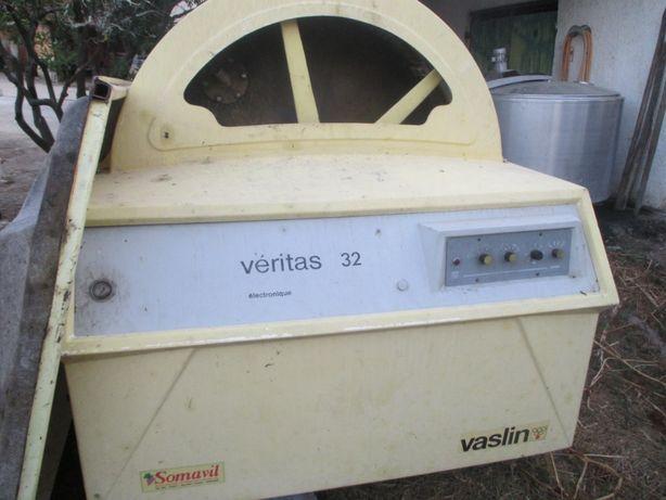 Vaslin Veritas 32HL