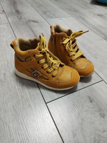 Осінні черевички ботинки