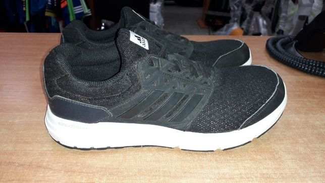 Buty do biegania Adidas Cloudfoarm r. 40 i 2/3