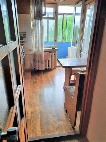 Продаж 3 кімнатної квартири по вул. Миколайчука Цегла.
