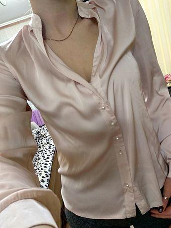 Блуза с перламутровыми пуговицами (сатин)