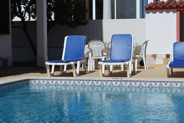 Casa privada com 4 quartos, com piscina, perto da praia da Galé