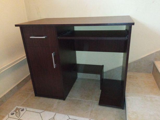 Sprzedam biurko komputerowe,stan jak nowe,bez uszkodzeń,tanio!!!