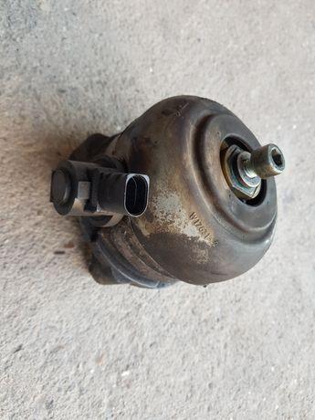 Poduszka silnika a8 d3 4.0 tdi ASE
