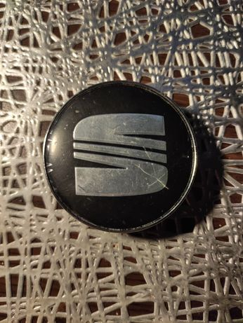 Nowe dekielki Seat, 60mm/56mm z oryginalnymi foliami