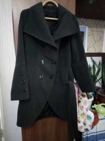Пальто жіноче 48р