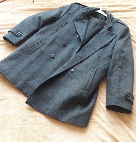 Мужское утеплённое пальто в идеальном состоянии 58 размер