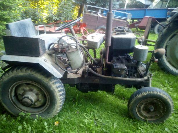 Traktorek SAM - podwozie - skrzynia biegów + tylny most + podnośnik !