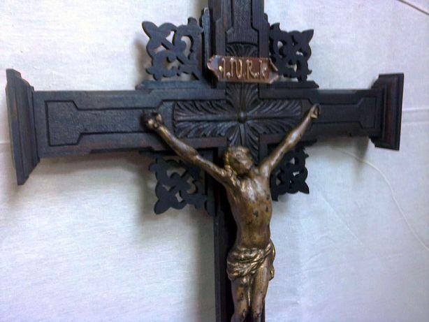 Krzyż krucyfiks drewniany, rzeźbiony - 105 cm