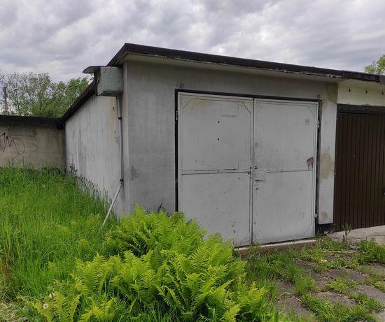Garaż murowany na os. A