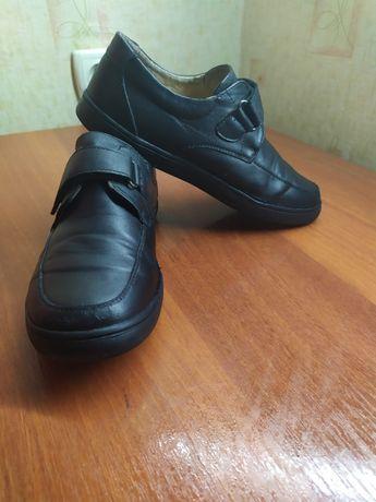 Подростковая обувь 34 р,