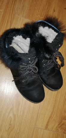 Buty zimowe dla dziewczynki r 34