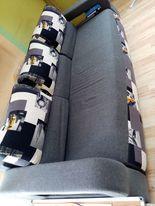 sofa rozkładana z poduchami 145 x 235 cm