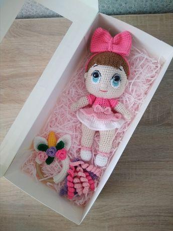 Вязаная кукла Лол