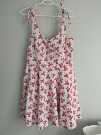 Przepiękna sukienka w stylu pin up