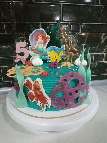 Торт  и сладости