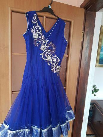 Платье подростковое для танцев