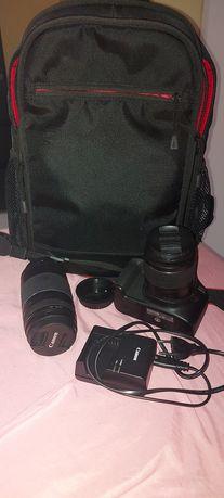 Máquina fotográfica Canon 4000D
