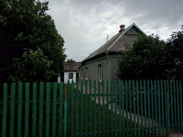 Продається будинок в м. Карлівка