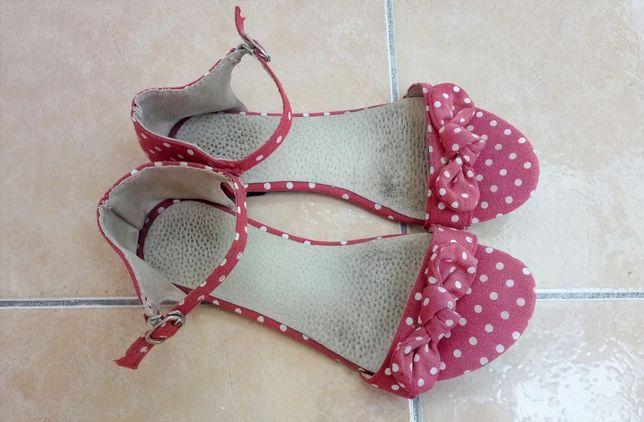 34 р 22 см летние босоножки сандалии красные в горошек