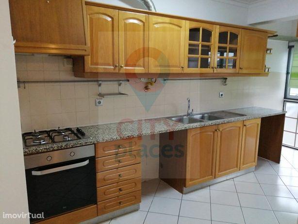 Apartamento T2 - Praticamente Novo - Pombal