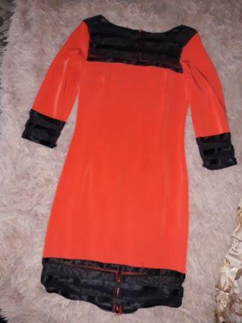 Платья все по 100грн