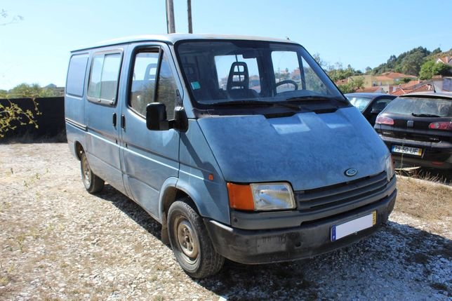 Ford Transit 2.5 D 7 lugares