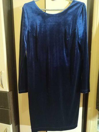 Нарядное платье из натурального велюра