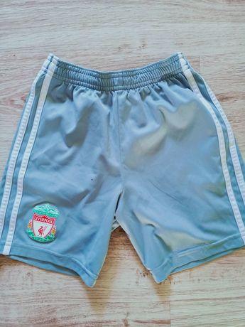 Spodenki szorty Adidas Liverpool oryginalny 8-9 lat