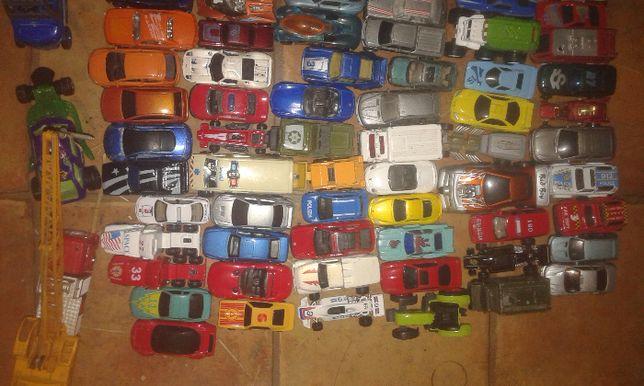 Samochody hot wheels i inne