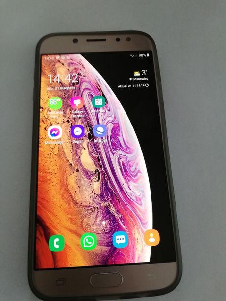 Telefon komórkowy Samsung Galaxy J7 2017 złoty DUAL SIM