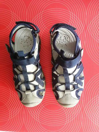 Sandały chłopięce 26