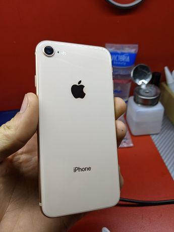 Продам Iphone 8 64gb gold