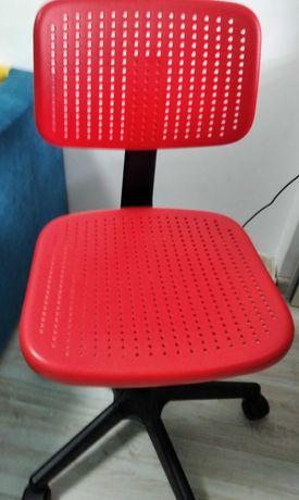 fotel krzesło pod biurko