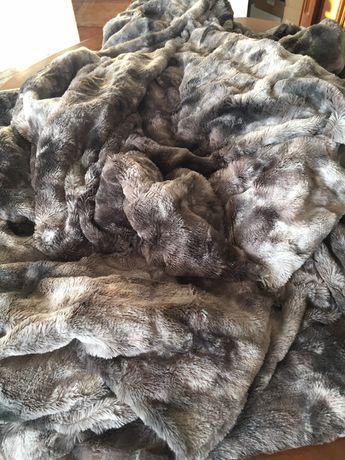 Narzuta futrzana cieplutka dekoracyjna szaro brązowa nowa śliczna new