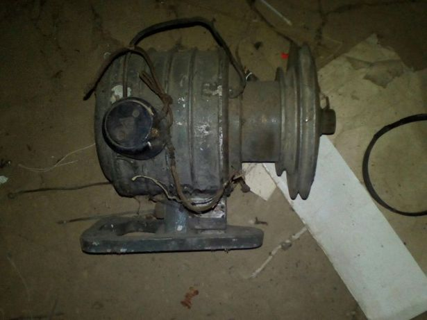 Електродвигатель 250ват привод швейной машинки